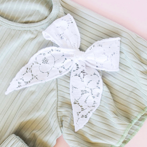 White Lace Margaret Bow