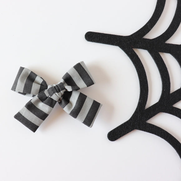 Grey Stripe Isabella Bow