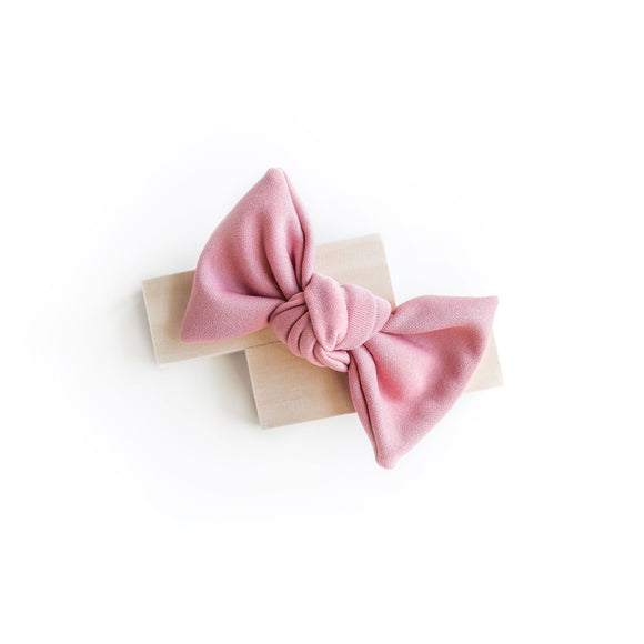 Pink Carnation Samantha Bow