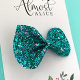 Aquarius Glitter Reese Bow (2 sizes)