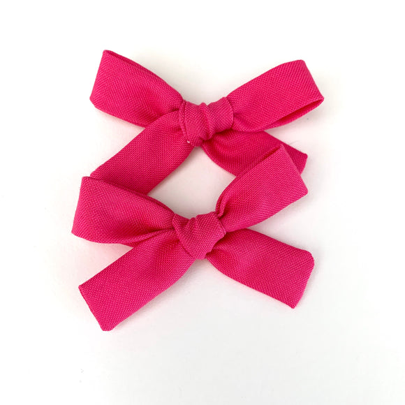 Bright Pink Mini Isabella Bows (Set of 2)