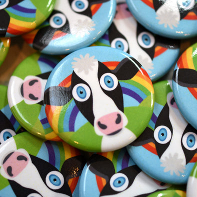 """Solo Happy Cow"" 1.25"" Round Vegan Rainbow Pinback Button"