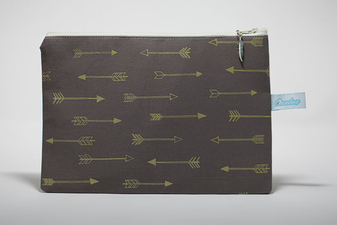 Oneloa Arrows Clutch Size Bag