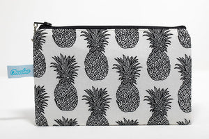 Black and white pineapple print fabric coin purse handmade in Maui, Hawaii