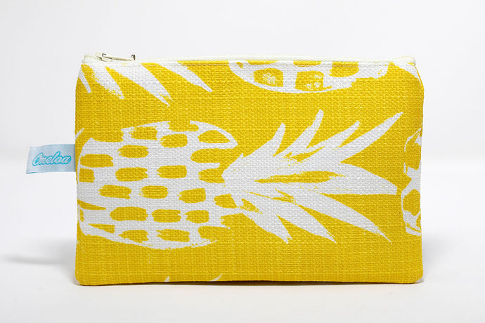 Yellow/white pineapple coin purse handmade in Maui, Hawaii