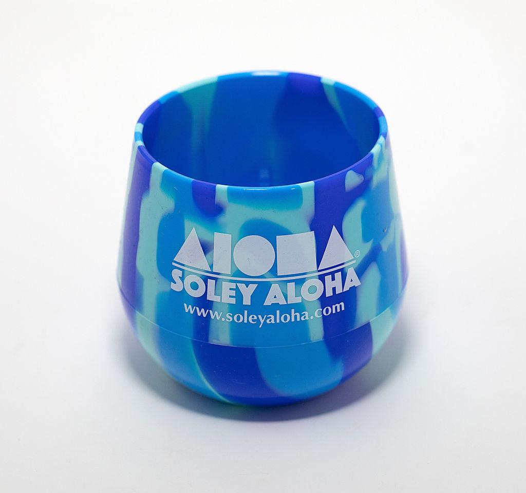 Silicone stemless wine glasses in blue tie-dye colors printed with Aloha Shapes logo