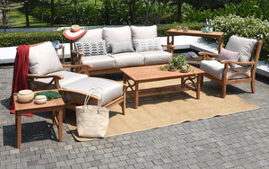 "<span class=""goldoni-font"">Why Teak Patio Furniture Is A Timeless Treasure?</span>"