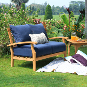 Own Caterina love seat from Cambridge Casual to complete your outdoor furniture collection and enjoy the style and comfort of its teak design.