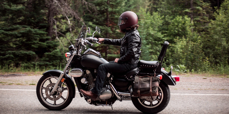 How to Stay Cool and On Track During Summer Motorcycle Rides