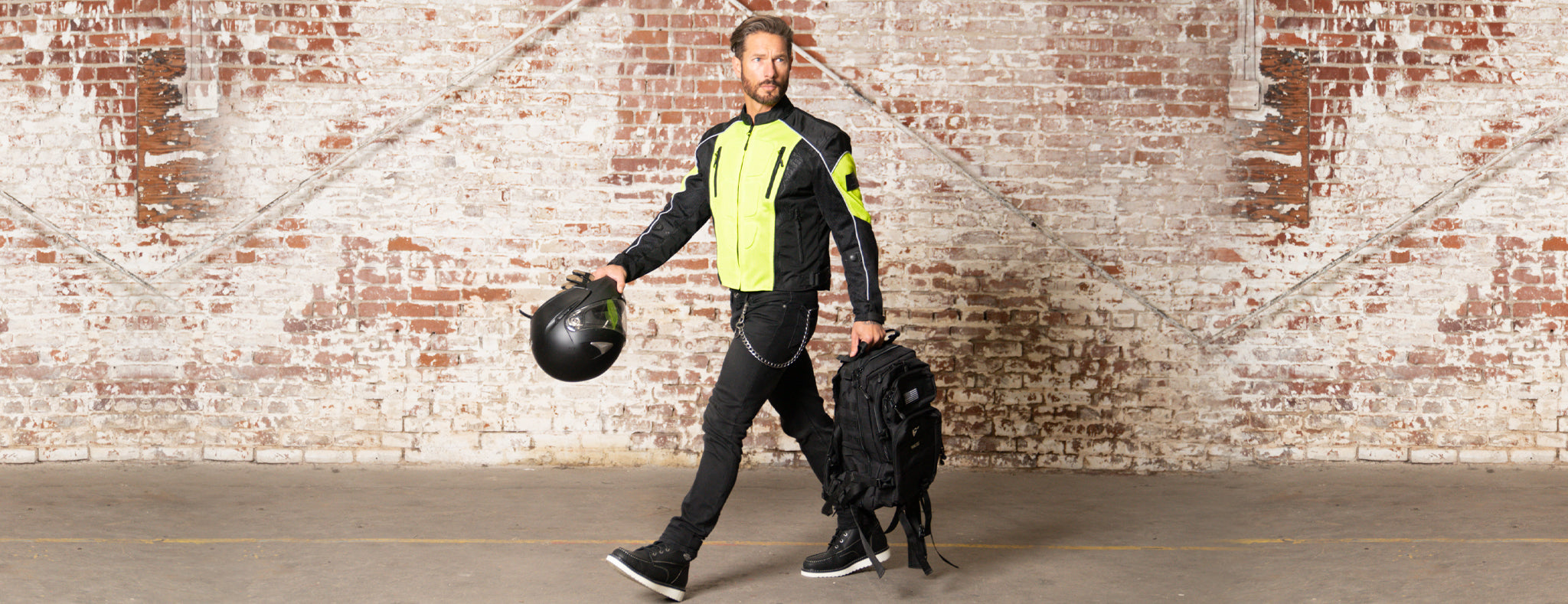 Wear the right motorcycle apparel