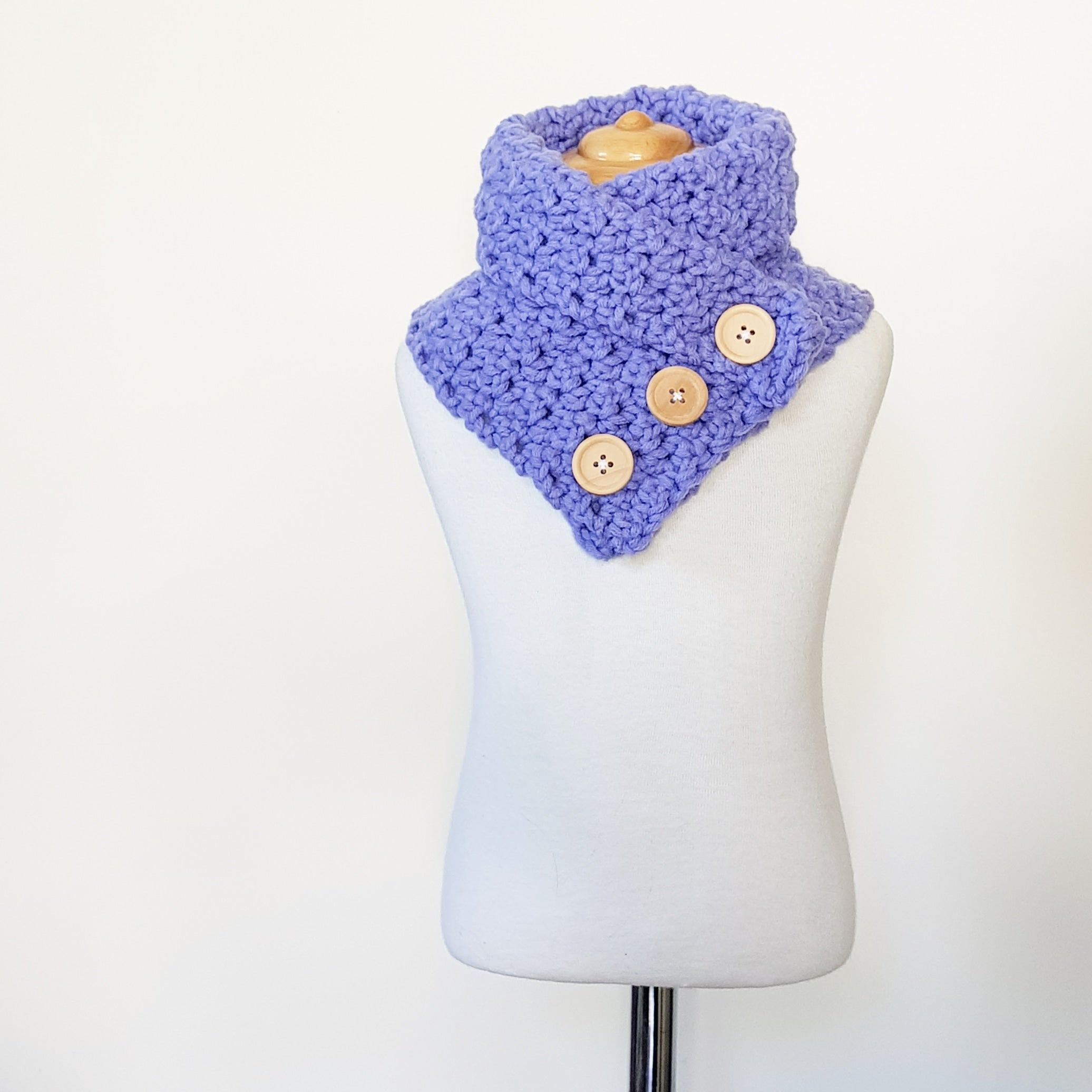 CROCHET PATTERN - Crochet Dakota Cowl