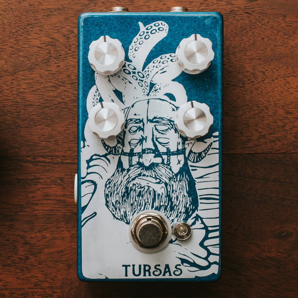 Pine-Box Customs Tursas Medium Gain Overdrive Distortion