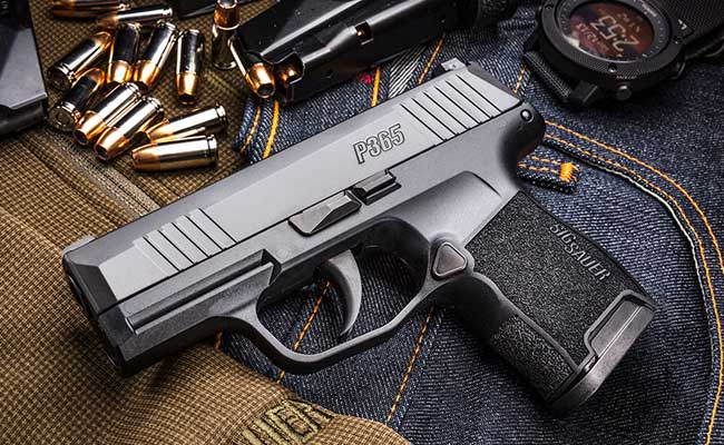 SIG Sauer P365 Nitron Micro-Compact 9mm Review of 2018 New SIG Sauer P365. Posted by Scott W. Wagner CREDIT: www.vanceoutdoors.com