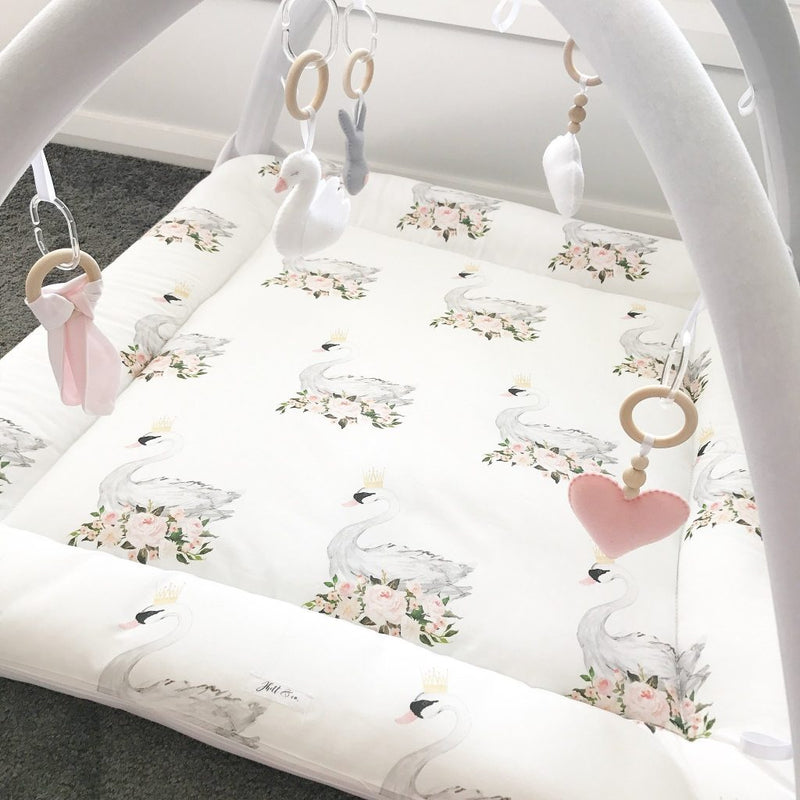 Activity playmat - floral swans
