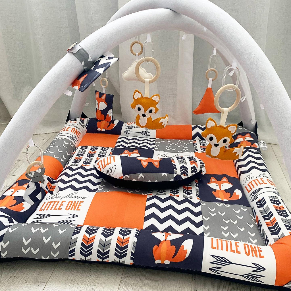 Activity playmat - navy and orange fox