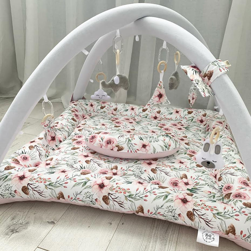 Activity playmat - pretty posey