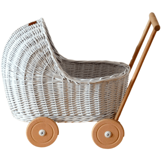 Wicker pram - White