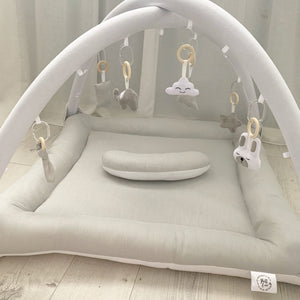 Activity playmat - light grey