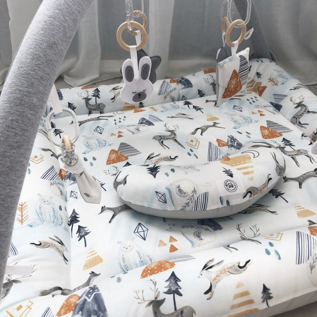 Activity playmat - woodland artic