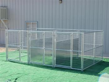 Rhino 3-Run Dog Kennel with Fight Guard Divider 5'x10'