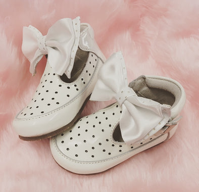 White Patent Leather Bow Front Buckle Shoes