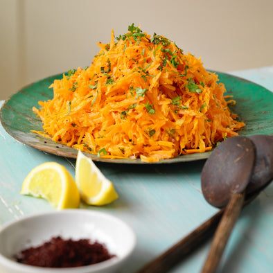 QUICK CARROT SALAD WITH A CARDAMOM DRESSING