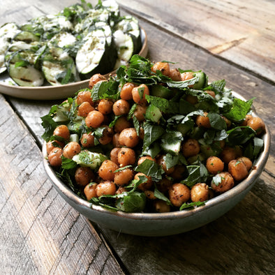 SPICED CHICKPEAS & FRESH HERBS