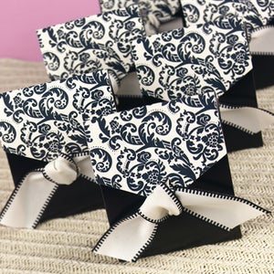Wedding Accessories Tent Favor Boxes, Damask, Pack of 25