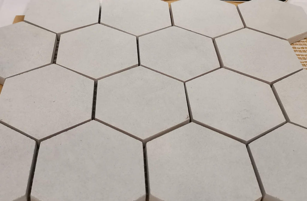Betontech  White mos hexagon 73x83mm