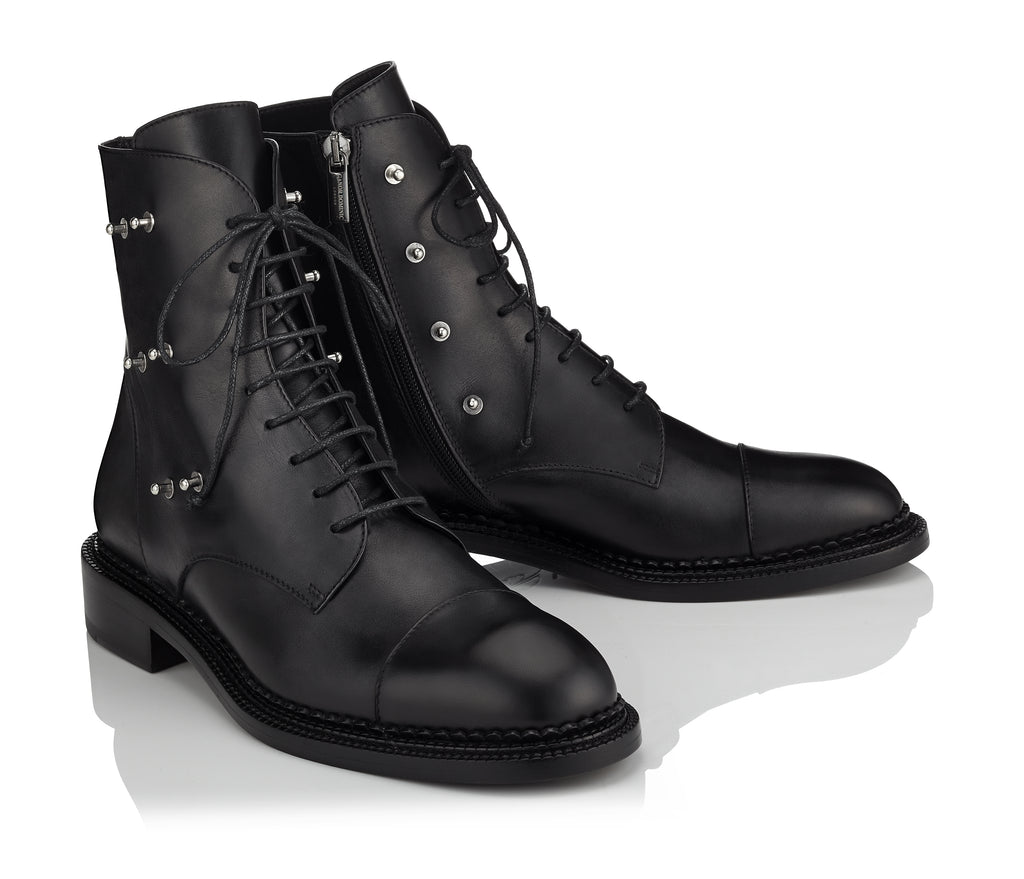 Fashion women's black boots with a face