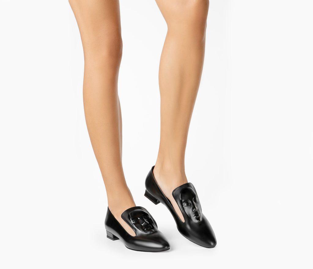 Exquisite Black women's loafers from London