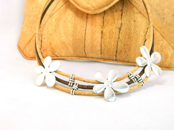 Daisy Chain Two Tone Necklace