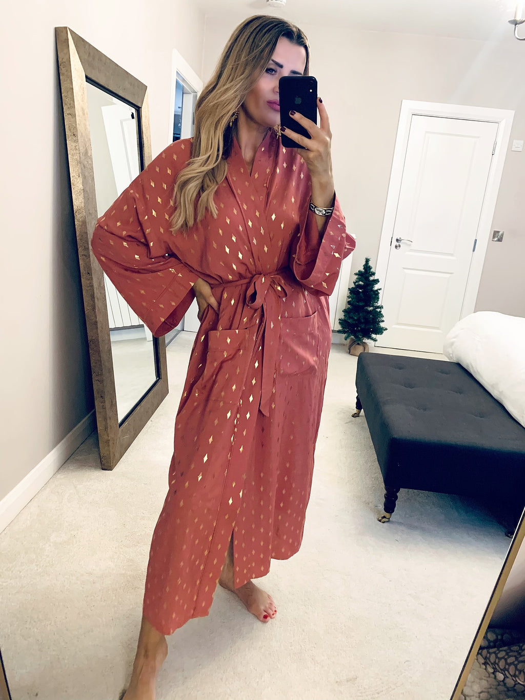 Blush Robe With Gold Diamond Foil Print
