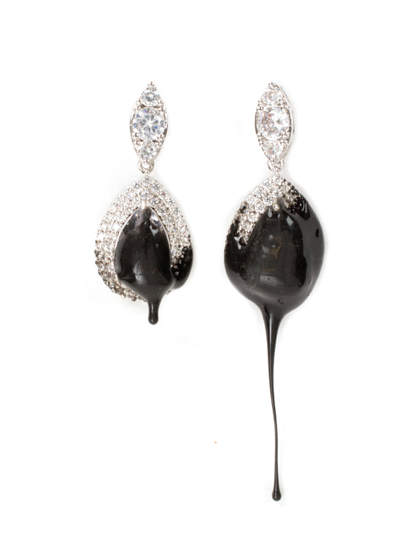 Ottolinger Black Earring Drop