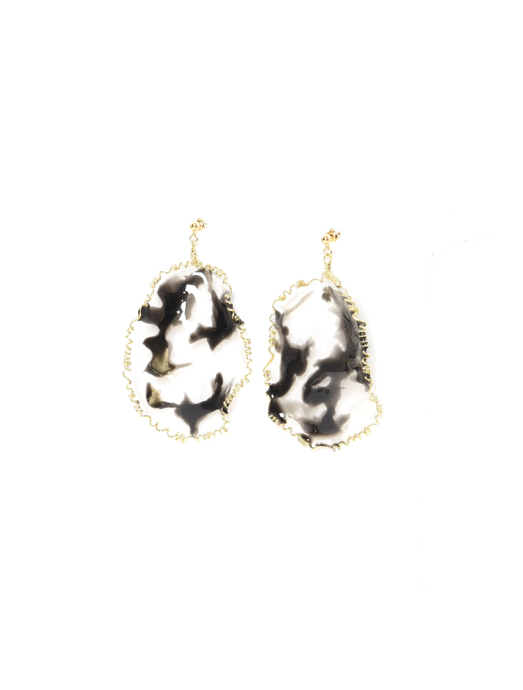 Black Dip Art Earring