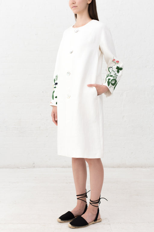 FLOWER MOTIF EMBRODIERED COAT