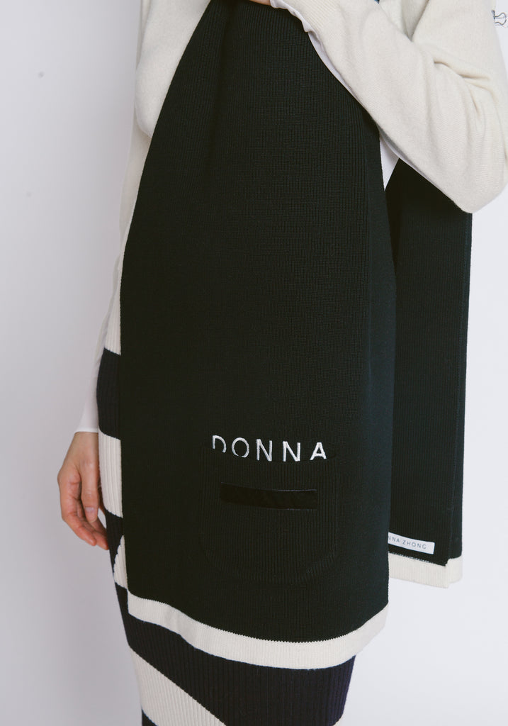 """Donna"" Pocket Wool Scarf - 2s-twoways"