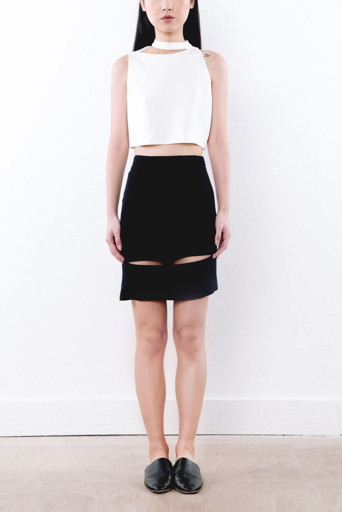Neck Cut-out Crop Top - 2s-twoways
