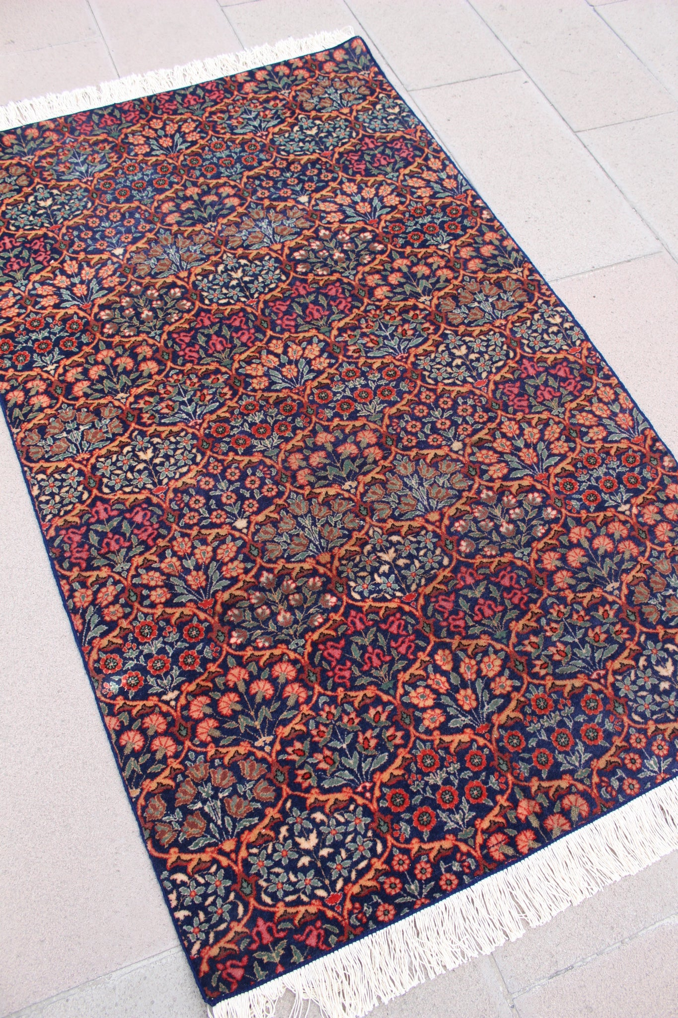 """TIFFANY"" Turkish Vintage Carpet - 172cmX103cm (5'8""X3'5"")."