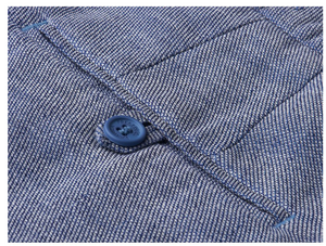"There isn't a dress code more annoying than ""smart casual"". There isn't a solution more elegant than these mélange blue shorts. Breezy linen in a smart cut with a soft blue shade makes these the perfect choice for inbetween dress codes. Pair with a printed t-shirt for a more relaxed take, or stick with a linen shirt for classic Rio."