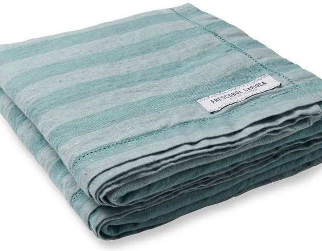 Available with stripes of different colours and sizes, our Luxurious Striped Linen Beach Towel is crafted from 100% pure linen and is both soft and resistant to sand and sea water. It can also be used as a sarong or as a shawl.