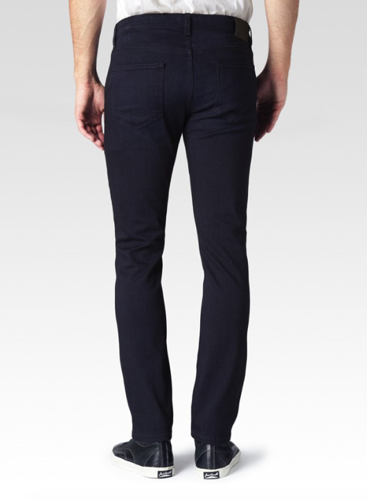 Redefining the standards of luxury, the Lennox jean features Paige's innovative, TRANSCEND fiber technology that promises a luxuriously soft feel, comfortable fit and unyielding support. Paige's skinny fit, the Lennox, is slim through the hip, down the leg, and finished with a sleek, narrow opening at the ankle. Hitting right above the shoe, this slightly shorter silhouette is crafted in the deep, uninterrupted blue of Paige's Inkwell wash.