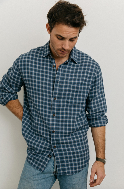 The classic relaxed fit super soft Lennox shirt from Rails.  Just want you want against your skin going into Autumn/Winter.