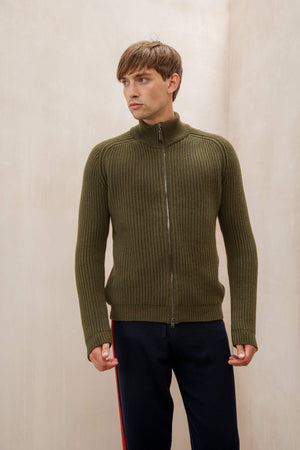 Dark Olive Green Men's Cashmere Cardigan with a full front zip and a luxurious rib knit - pair with a piece of our lightweight cashmere knitwear for effortless style at work or play.