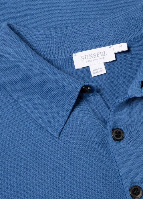 Crafted from our rare, long staple Sea Island cotton, the short sleeve Sea Island polo is a contemporary classic. With a matte three-button closure and subtle rib detailing on the edges, it's an extraordinarily soft and breathable layer for your summer wardrobe.