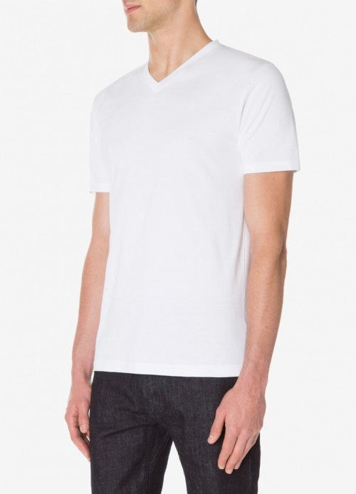 Originally designed for Daniel Craig in Casino Royale, the classic Bond style of this Riviera T-Shirt is updated with a slightly wider neckband in a thicker, more robust cotton jersey, giving a more defined fit. The fabric is a luxurious, 100% organic, long-staple cotton finished in Italy.