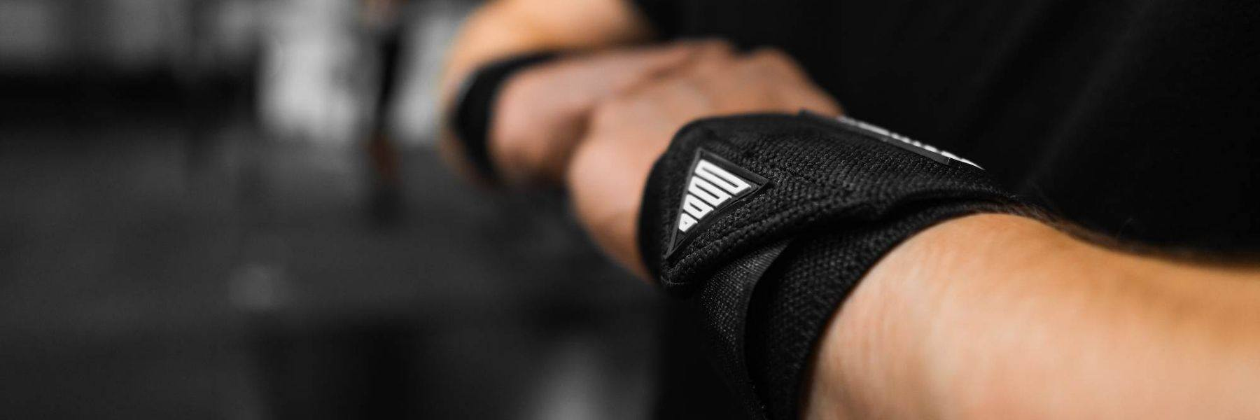 Maximum wrist stability during training - the Power Wrist Wraps by GORNATION