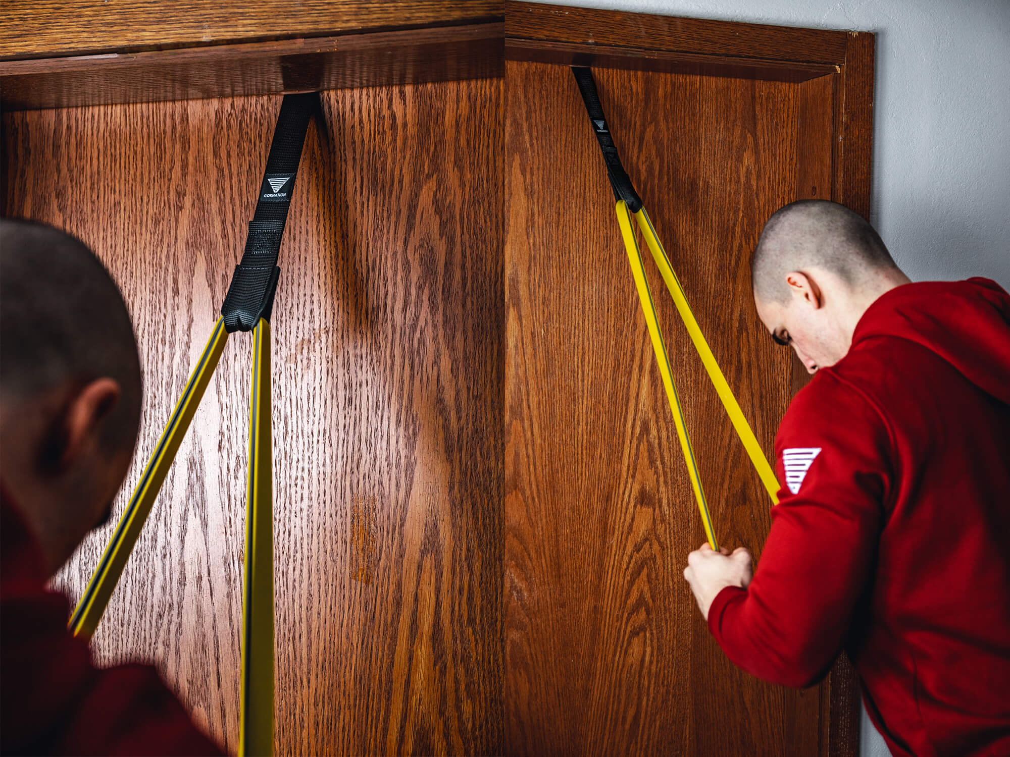 triceps push downs in calisthenics with resistance band and door anchor