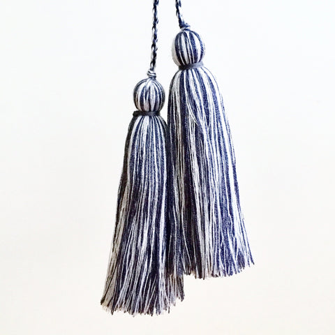 Tassel Pair, Grey/White Mix