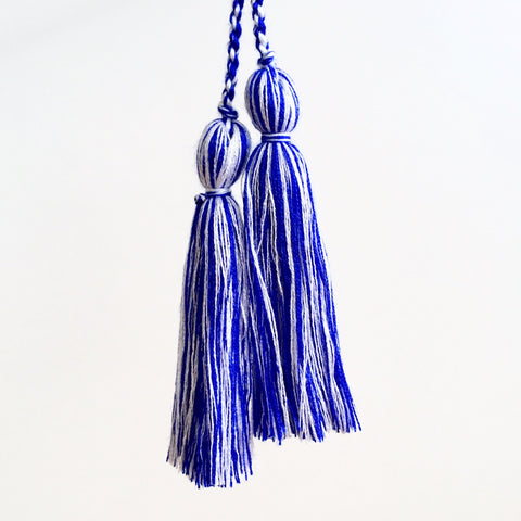 Tassel Pair, Royal/White Mix